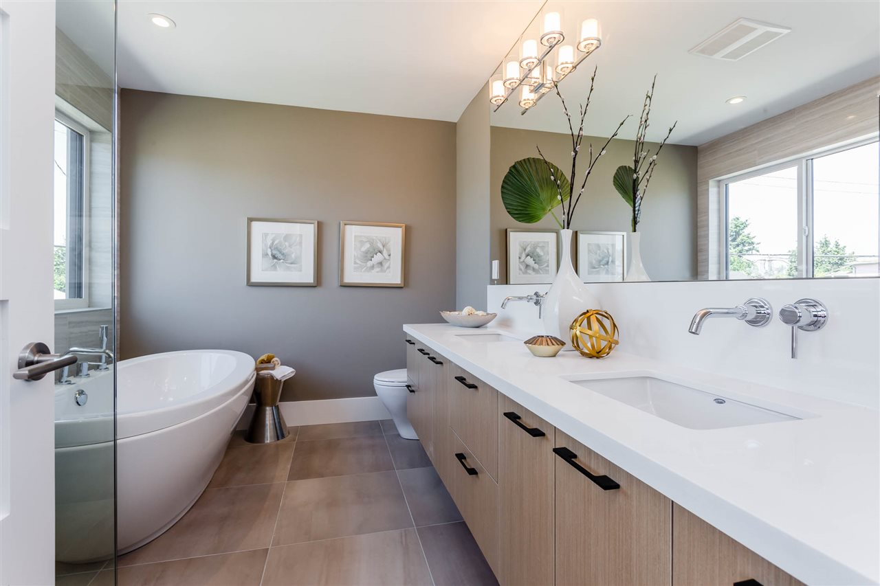 Detached at 3187 VENABLES STREET, Vancouver East, British Columbia. Image 12