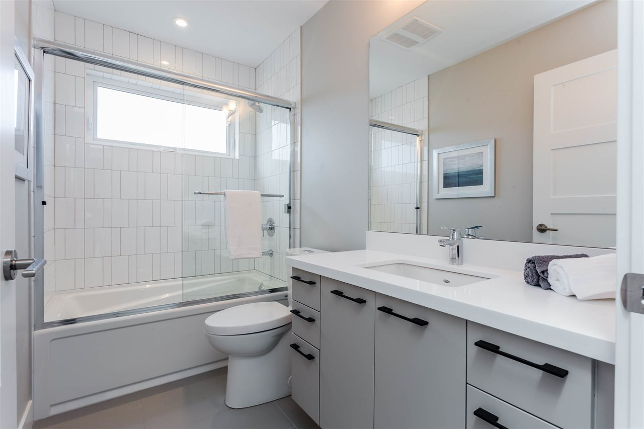 Detached at 3187 VENABLES STREET, Vancouver East, British Columbia. Image 15