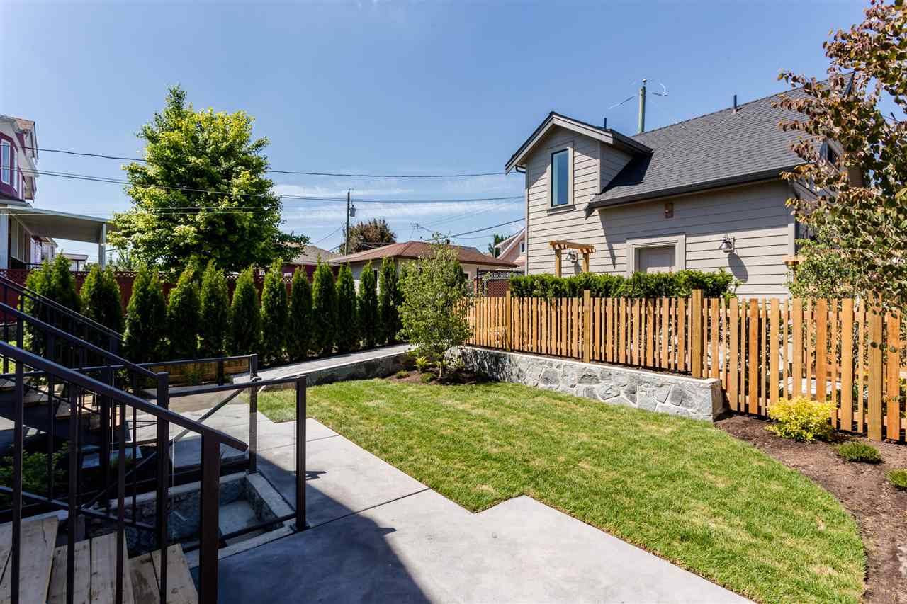 Detached at 3187 VENABLES STREET, Vancouver East, British Columbia. Image 19