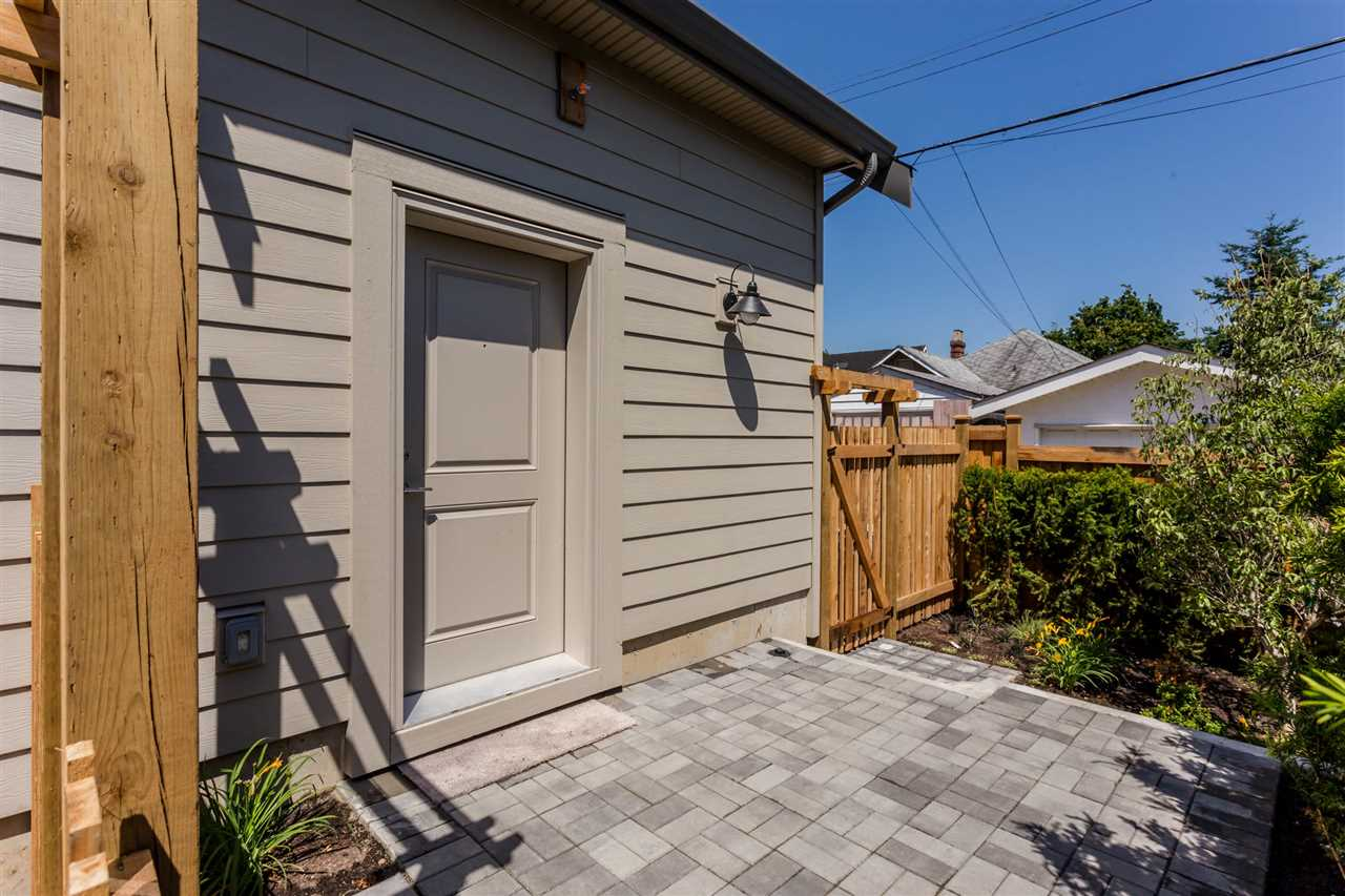 Detached at 3187 VENABLES STREET, Vancouver East, British Columbia. Image 20