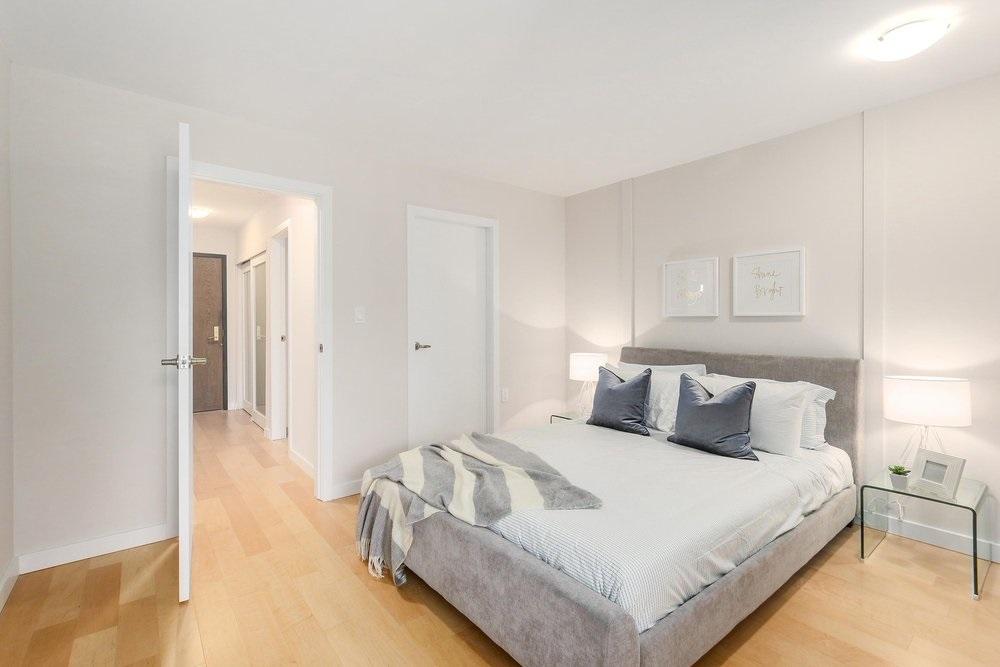 Condo Apartment at 402 2320 W 40TH AVENUE, Unit 402, Vancouver West, British Columbia. Image 11