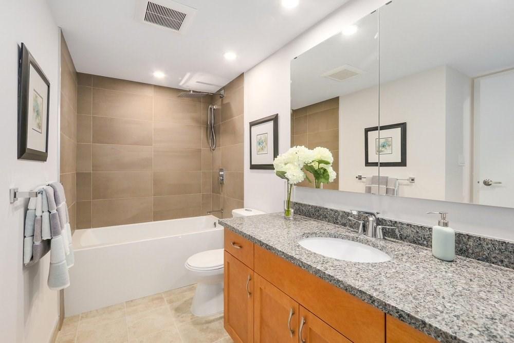 Condo Apartment at 402 2320 W 40TH AVENUE, Unit 402, Vancouver West, British Columbia. Image 12
