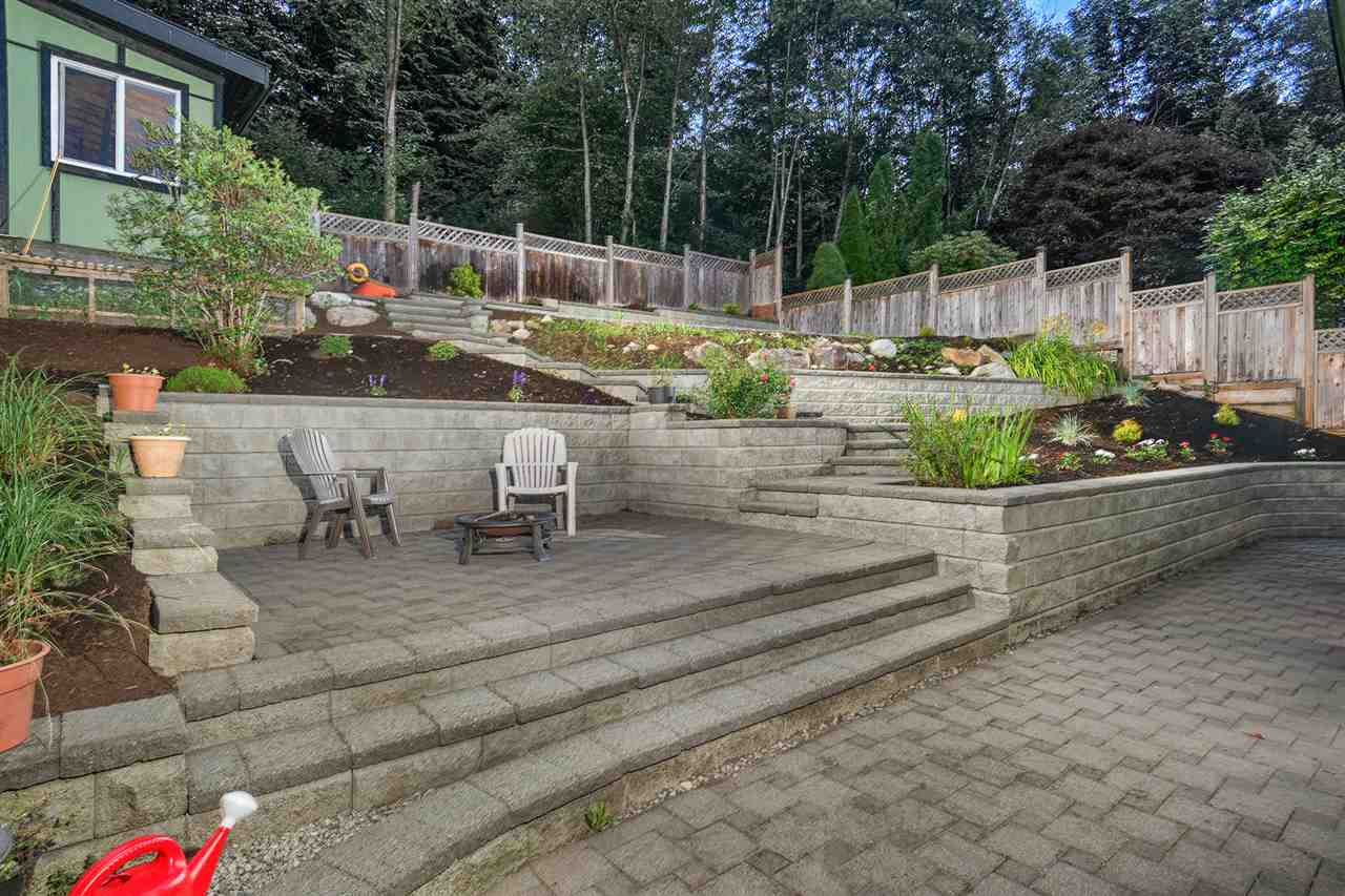 Detached at 628 THURSTON TERRACE, Port Moody, British Columbia. Image 3