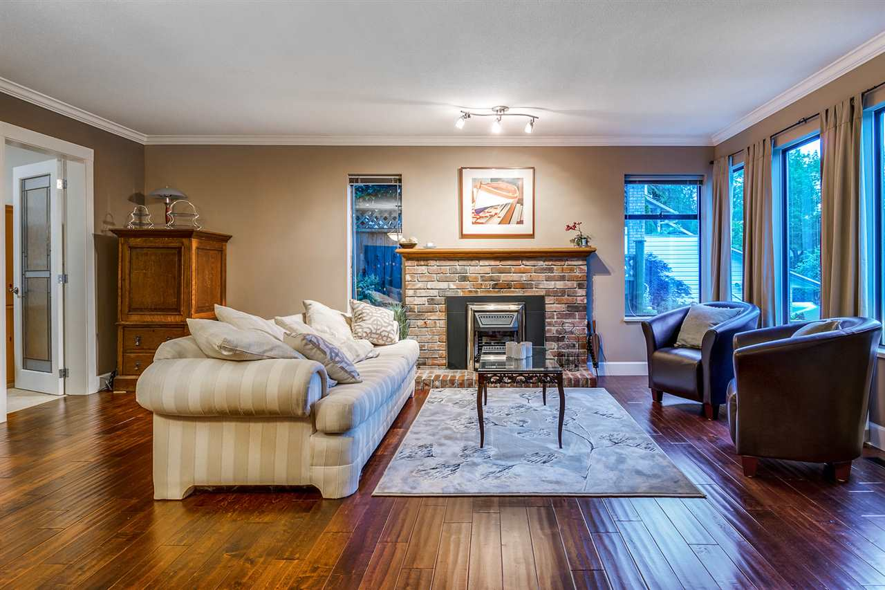 Detached at 628 THURSTON TERRACE, Port Moody, British Columbia. Image 8