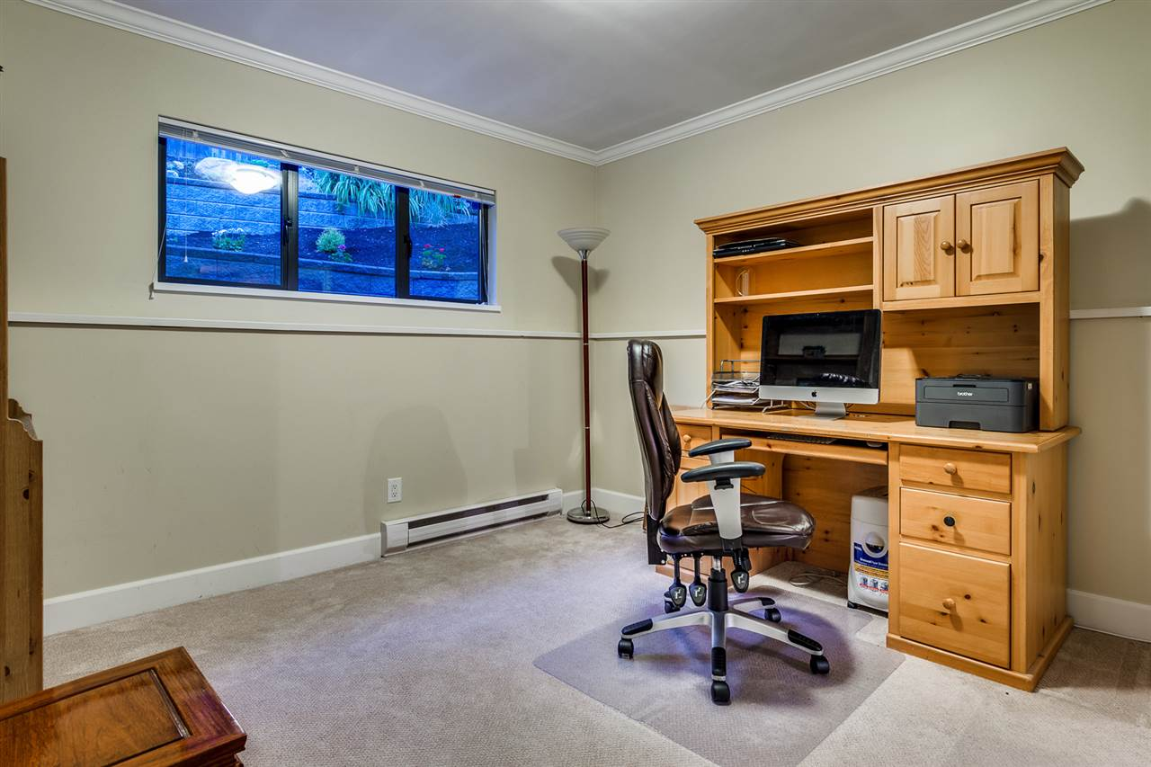 Detached at 628 THURSTON TERRACE, Port Moody, British Columbia. Image 13