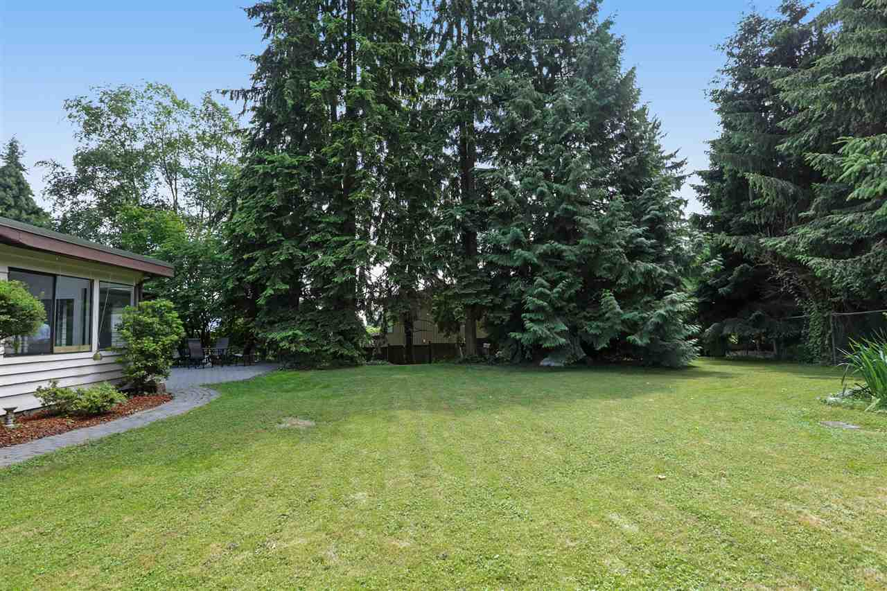 Detached at 4089 MT SEYMOUR PARKWAY, North Vancouver, British Columbia. Image 7