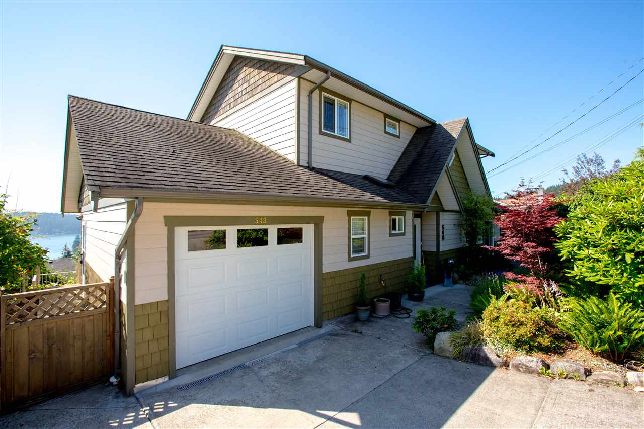 Detached at 548 ABBS ROAD, Sunshine Coast, British Columbia. Image 2