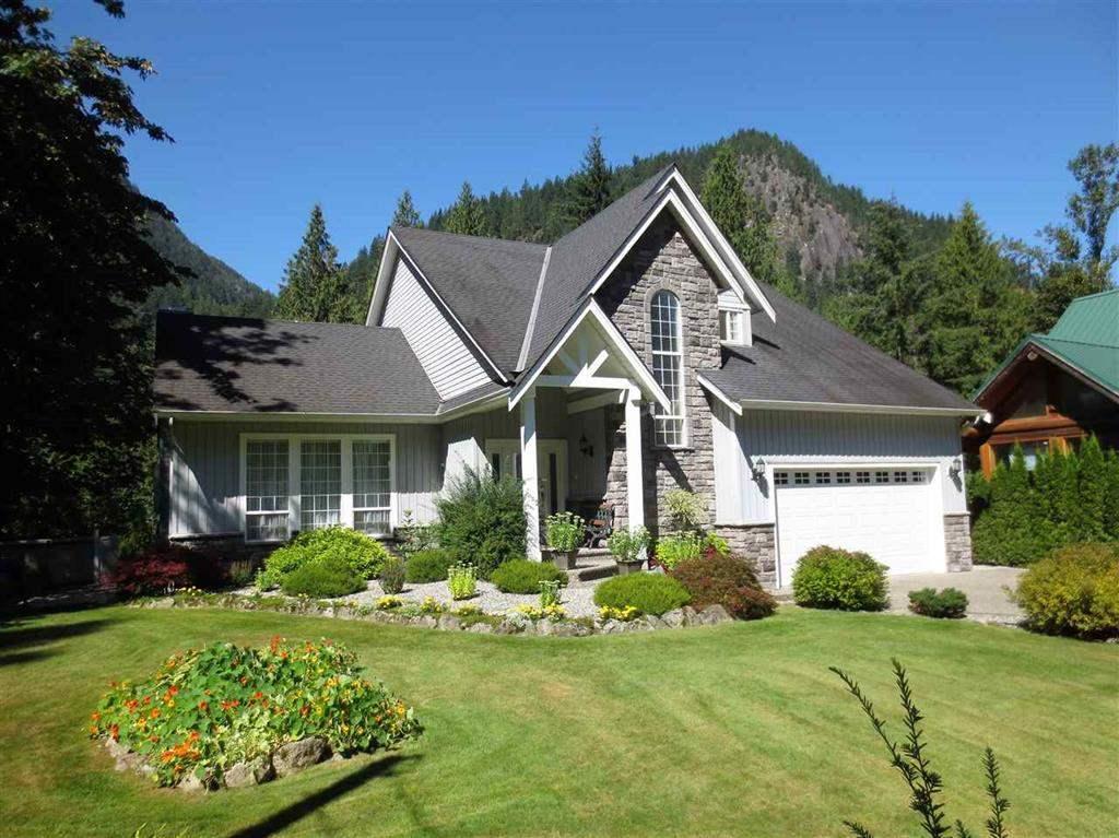 Detached at 19545 SILVERHOPE ROAD, Hope, British Columbia. Image 2