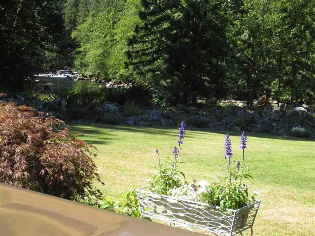 Detached at 19545 SILVERHOPE ROAD, Hope, British Columbia. Image 19