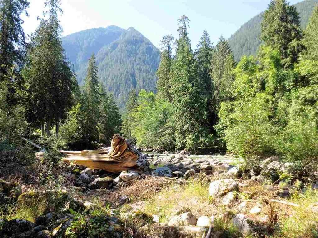Detached at 19545 SILVERHOPE ROAD, Hope, British Columbia. Image 20