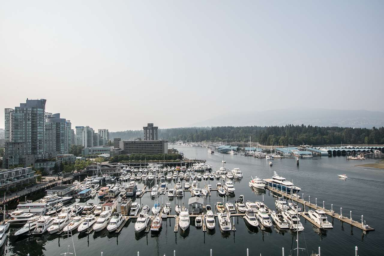 Condo Apartment at 1204 323 JERVIS STREET, Unit 1204, Vancouver West, British Columbia. Image 13