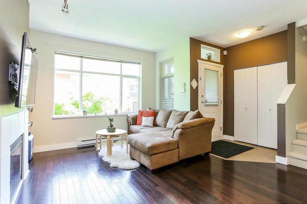 Townhouse at 24 6878 SOUTHPOINT DRIVE, Unit 24, Burnaby South, British Columbia. Image 8