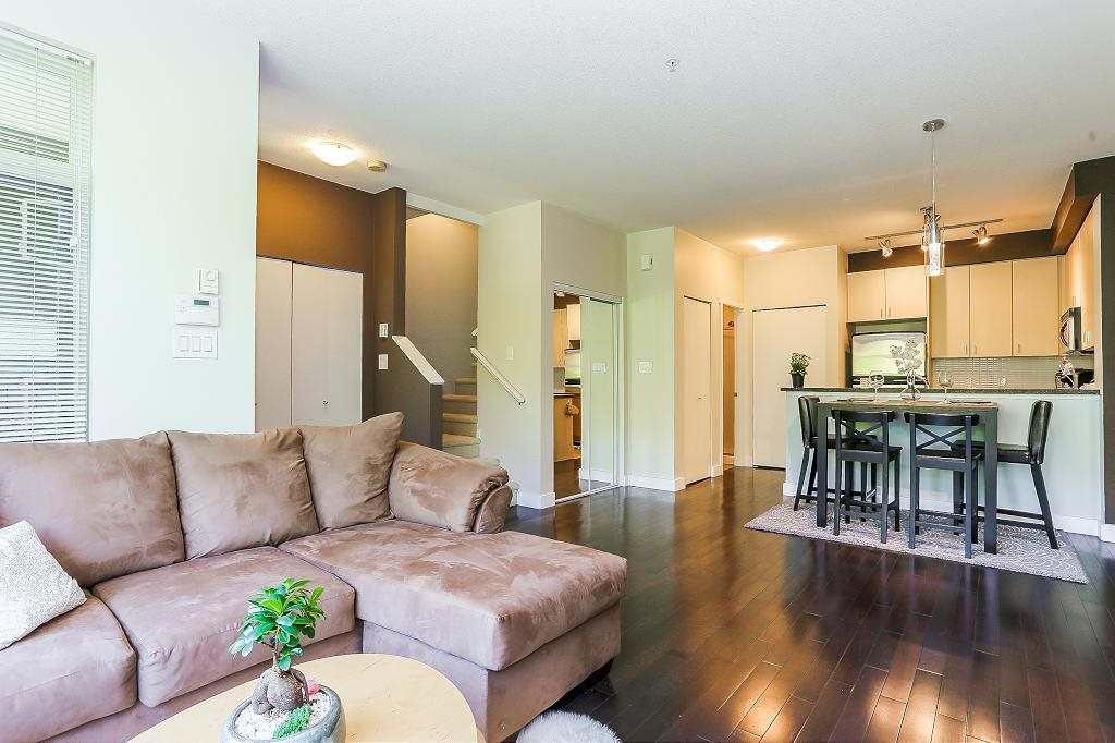 Townhouse at 24 6878 SOUTHPOINT DRIVE, Unit 24, Burnaby South, British Columbia. Image 9