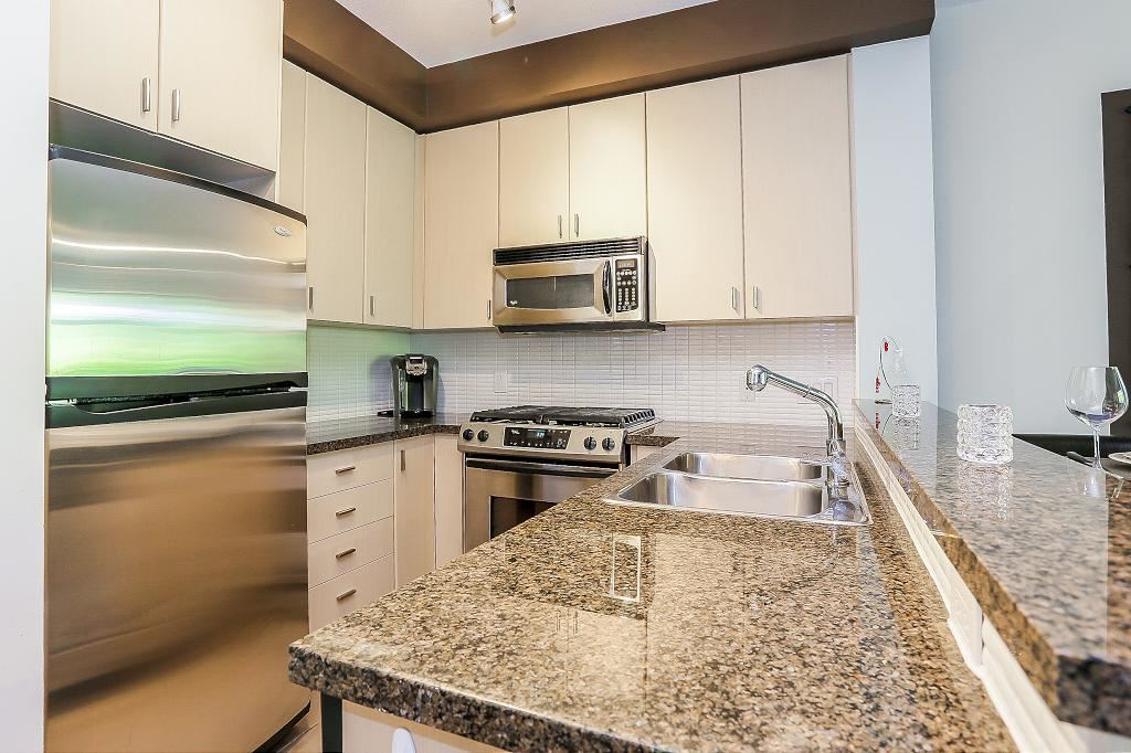 Townhouse at 24 6878 SOUTHPOINT DRIVE, Unit 24, Burnaby South, British Columbia. Image 11