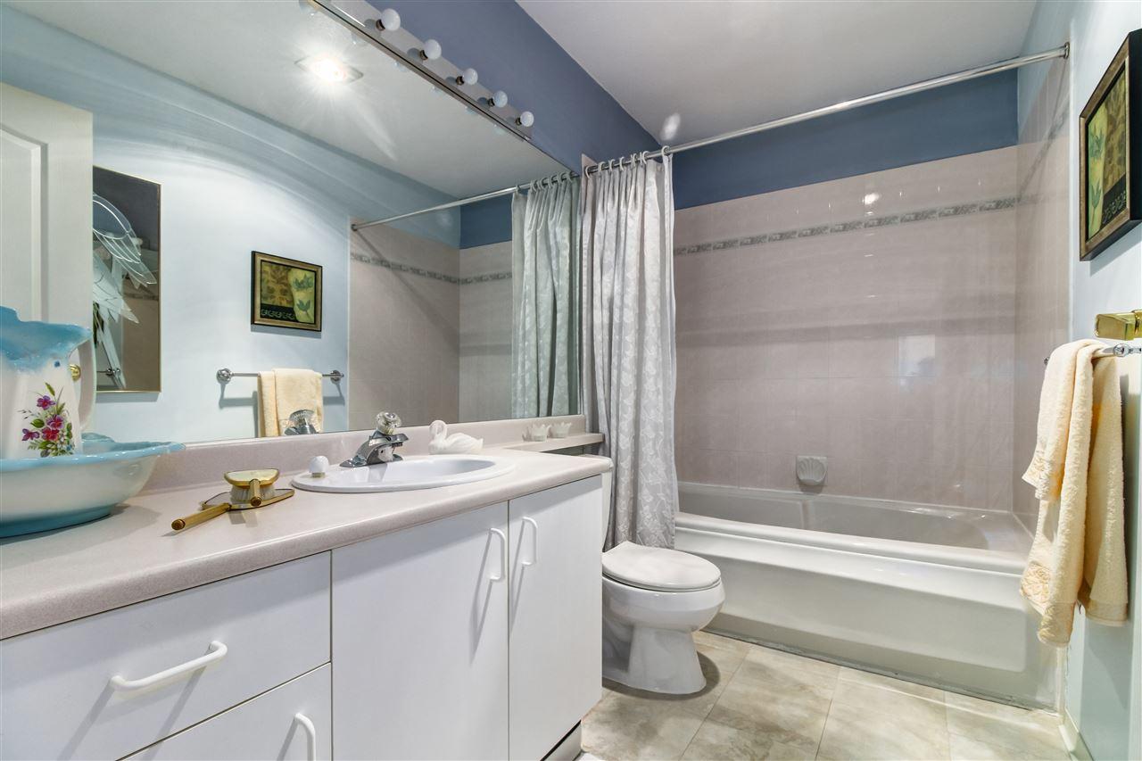 Condo Apartment at 104 7633 ST. ALBANS ROAD, Unit 104, Richmond, British Columbia. Image 10