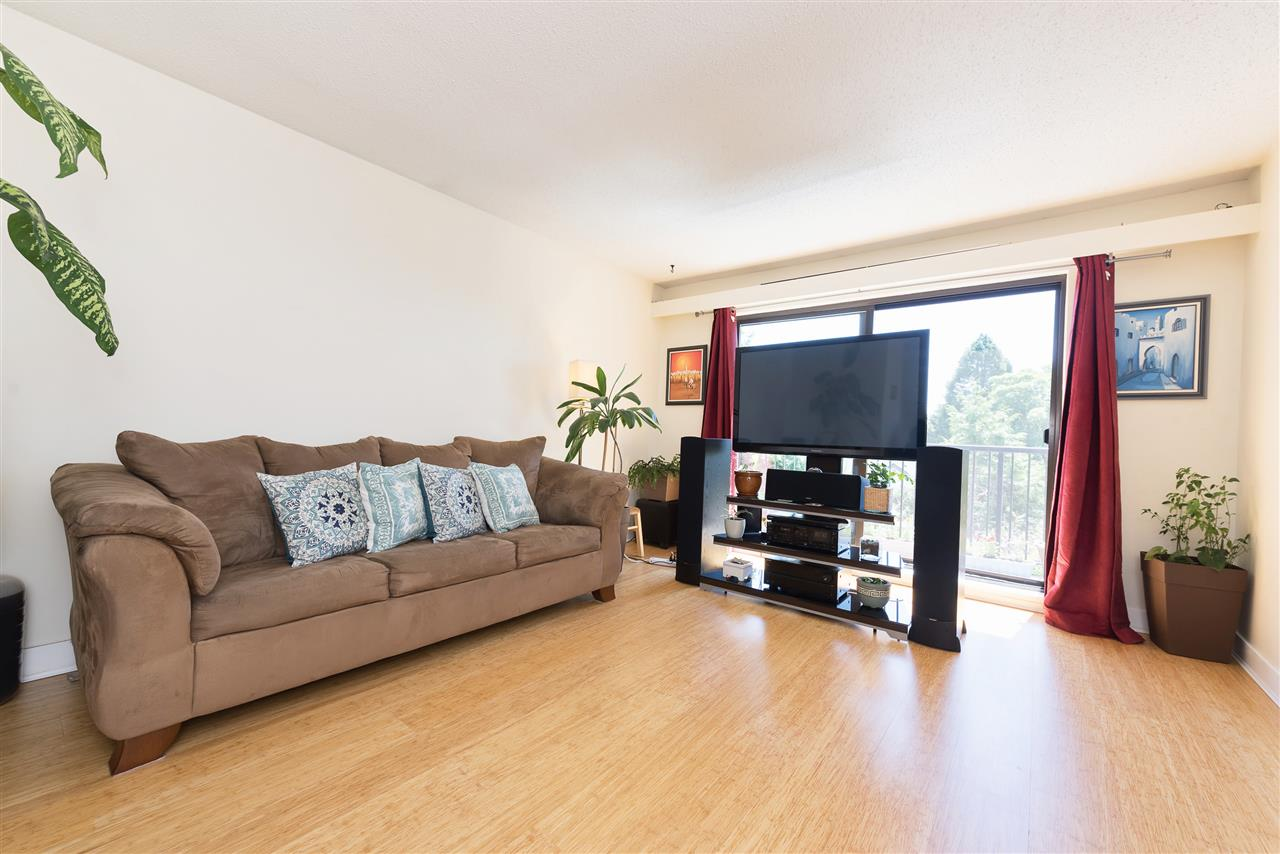 Townhouse at 7 7569 HUMPHRIES COURT, Unit 7, Burnaby East, British Columbia. Image 4