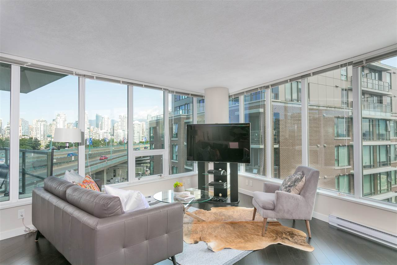 Condo Apartment at 604 445 W 2ND AVENUE, Unit 604, Vancouver West, British Columbia. Image 2