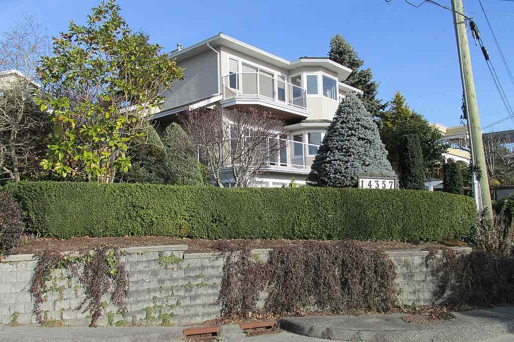 Detached at 14357 SUNSET DRIVE, South Surrey White Rock, British Columbia. Image 17
