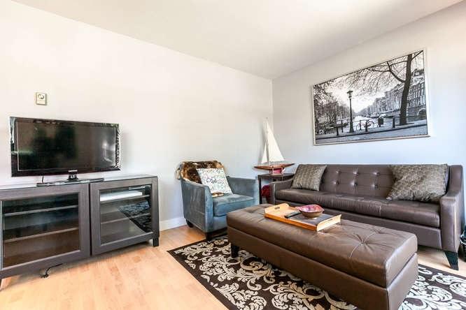 Condo Apartment at 110 1948 COQUITLAM AVENUE, Unit 110, Port Coquitlam, British Columbia. Image 3