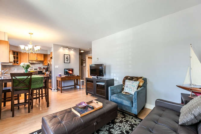 Condo Apartment at 110 1948 COQUITLAM AVENUE, Unit 110, Port Coquitlam, British Columbia. Image 7