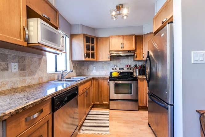 Condo Apartment at 110 1948 COQUITLAM AVENUE, Unit 110, Port Coquitlam, British Columbia. Image 9