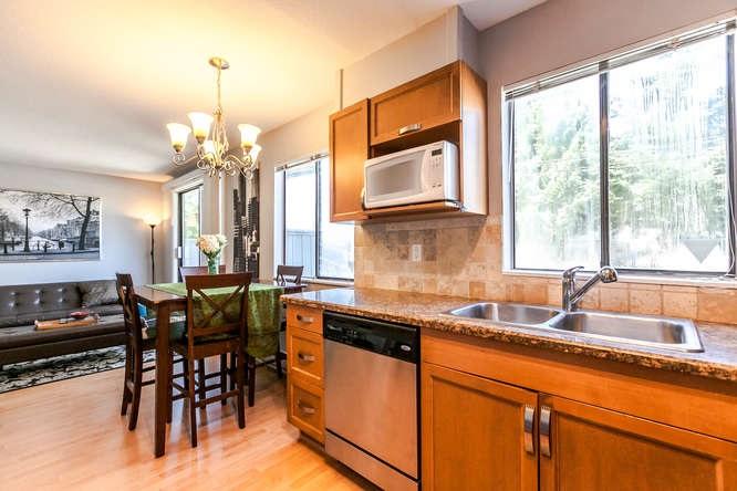 Condo Apartment at 110 1948 COQUITLAM AVENUE, Unit 110, Port Coquitlam, British Columbia. Image 10