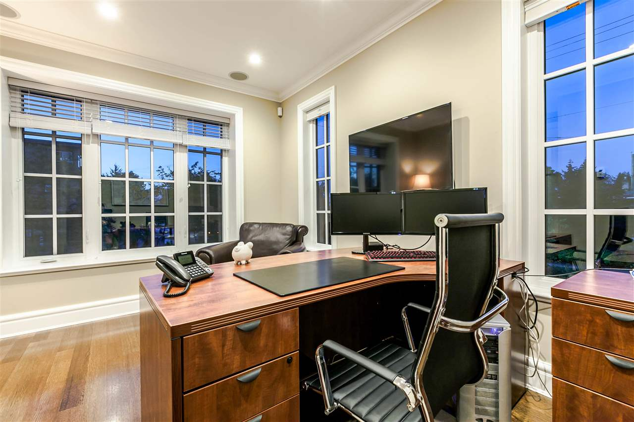 Detached at 394 E 35TH AVENUE, Vancouver East, British Columbia. Image 3