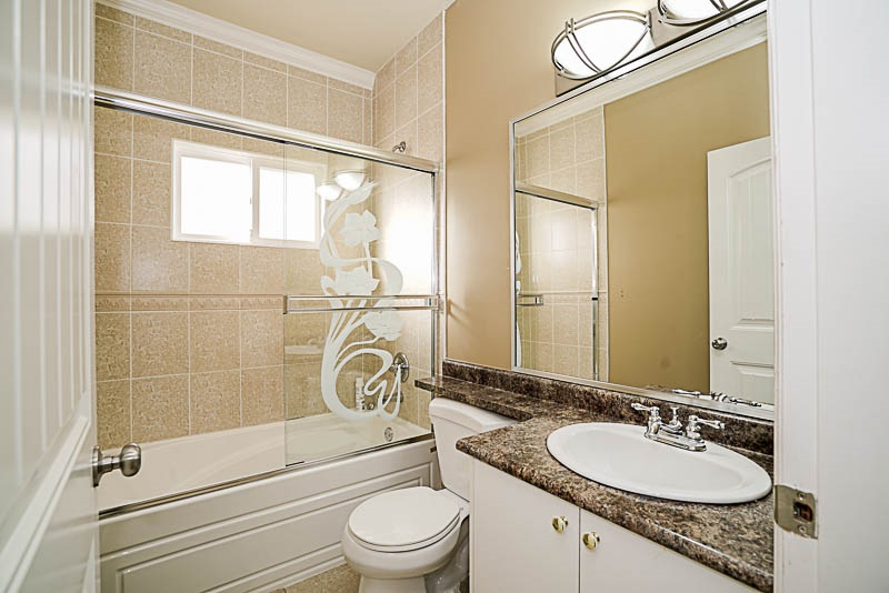Detached at 6278 188 STREET, Cloverdale, British Columbia. Image 16