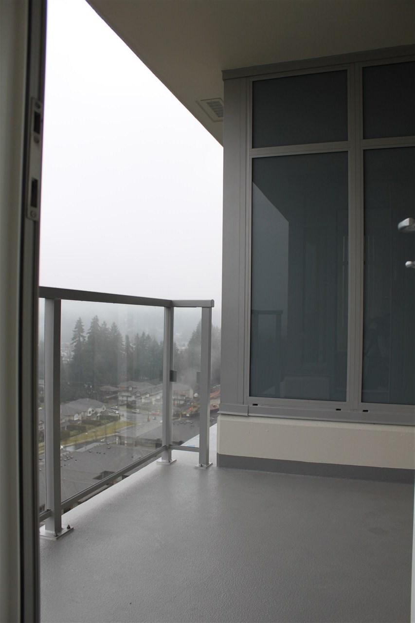 Condo Apartment at 1802 3102 WINDSOR GATE, Unit 1802, Coquitlam, British Columbia. Image 12