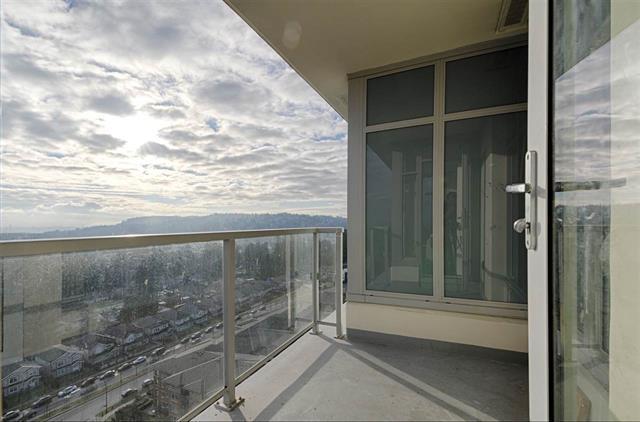 Condo Apartment at 1802 3102 WINDSOR GATE, Unit 1802, Coquitlam, British Columbia. Image 13