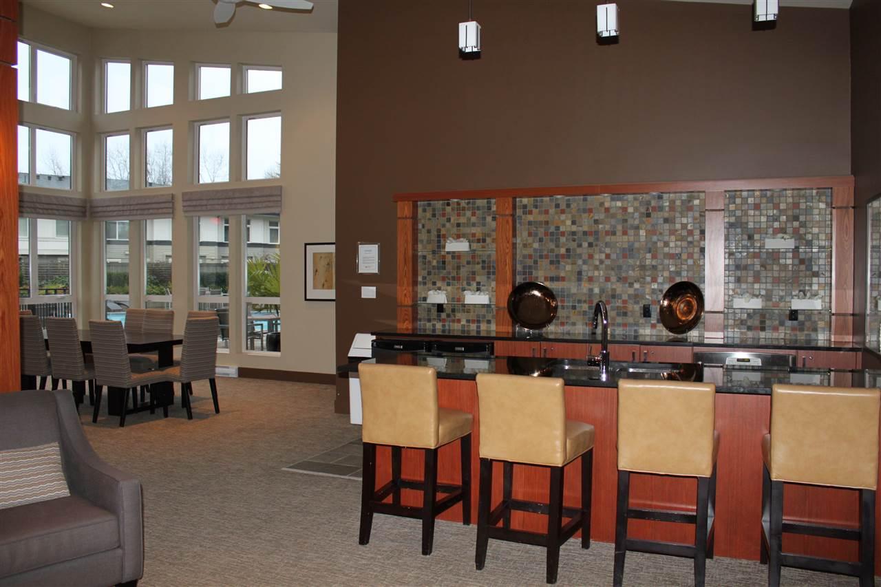 Condo Apartment at 1802 3102 WINDSOR GATE, Unit 1802, Coquitlam, British Columbia. Image 16