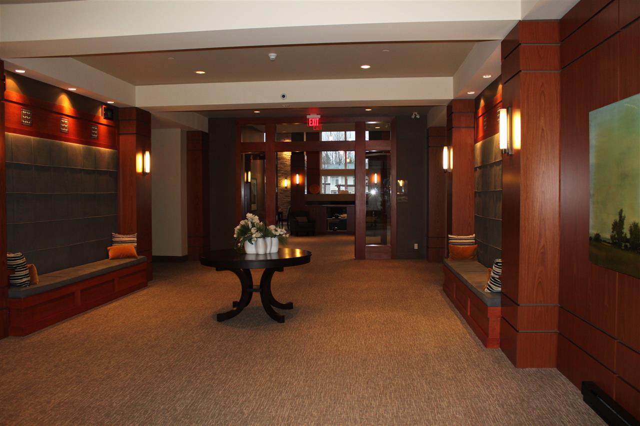 Condo Apartment at 1802 3102 WINDSOR GATE, Unit 1802, Coquitlam, British Columbia. Image 17
