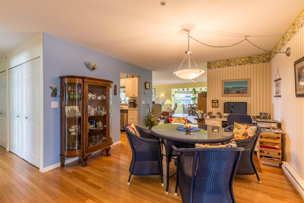 Condo Apartment at 215 1585 FIELD ROAD, Unit 215, Sunshine Coast, British Columbia. Image 8