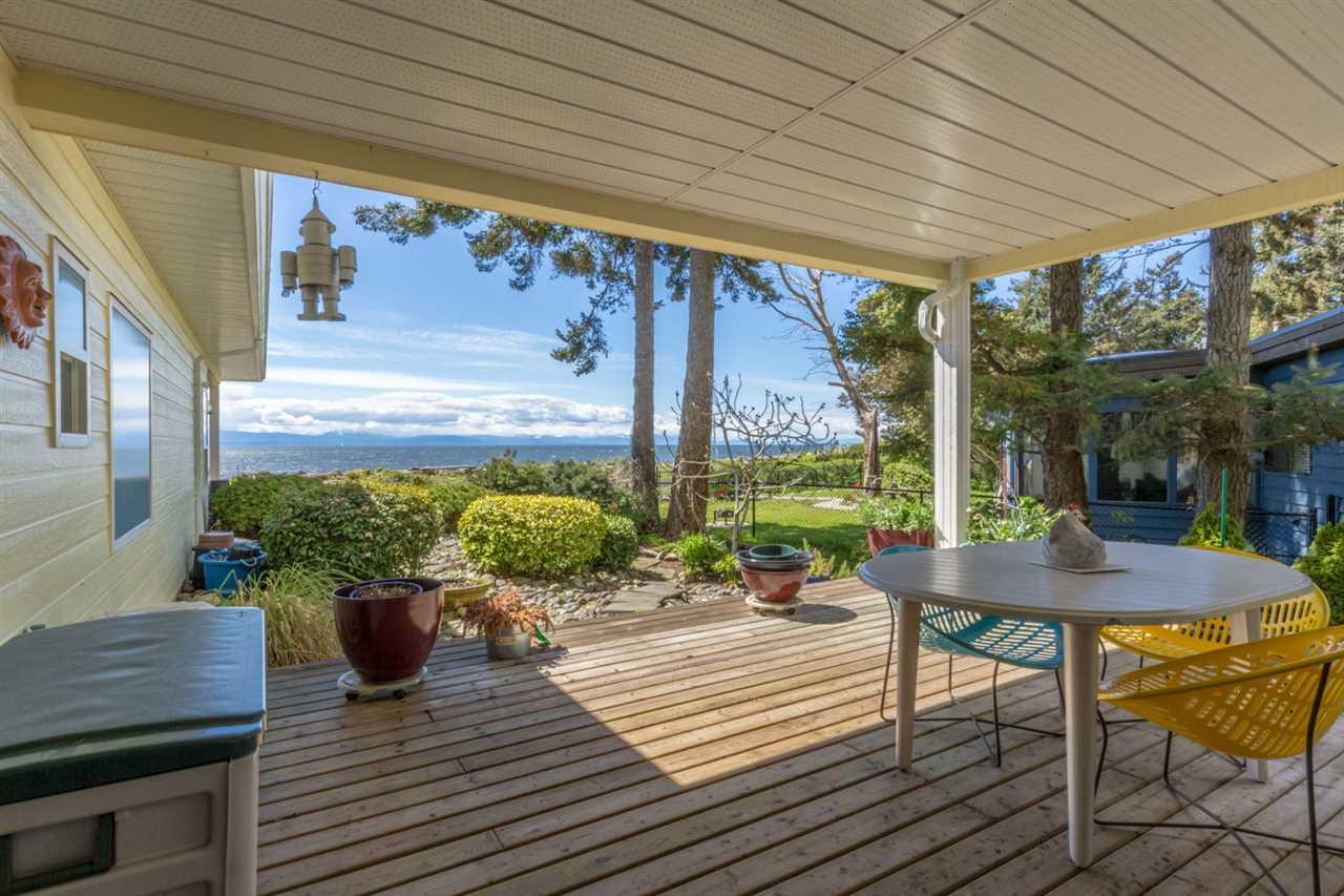 Condo Apartment at 215 1585 FIELD ROAD, Unit 215, Sunshine Coast, British Columbia. Image 15