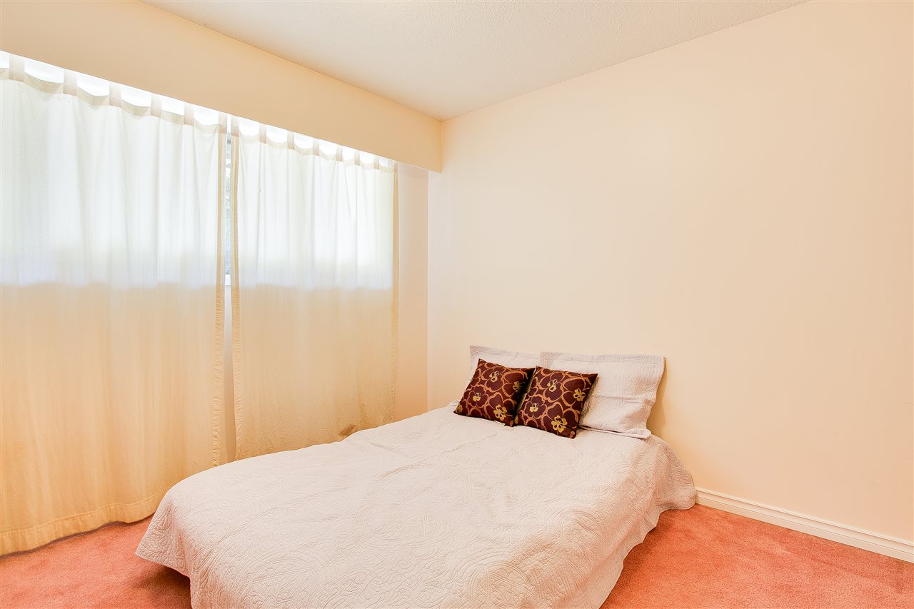 Townhouse at 9017 ALTAIR PLACE, Burnaby North, British Columbia. Image 19