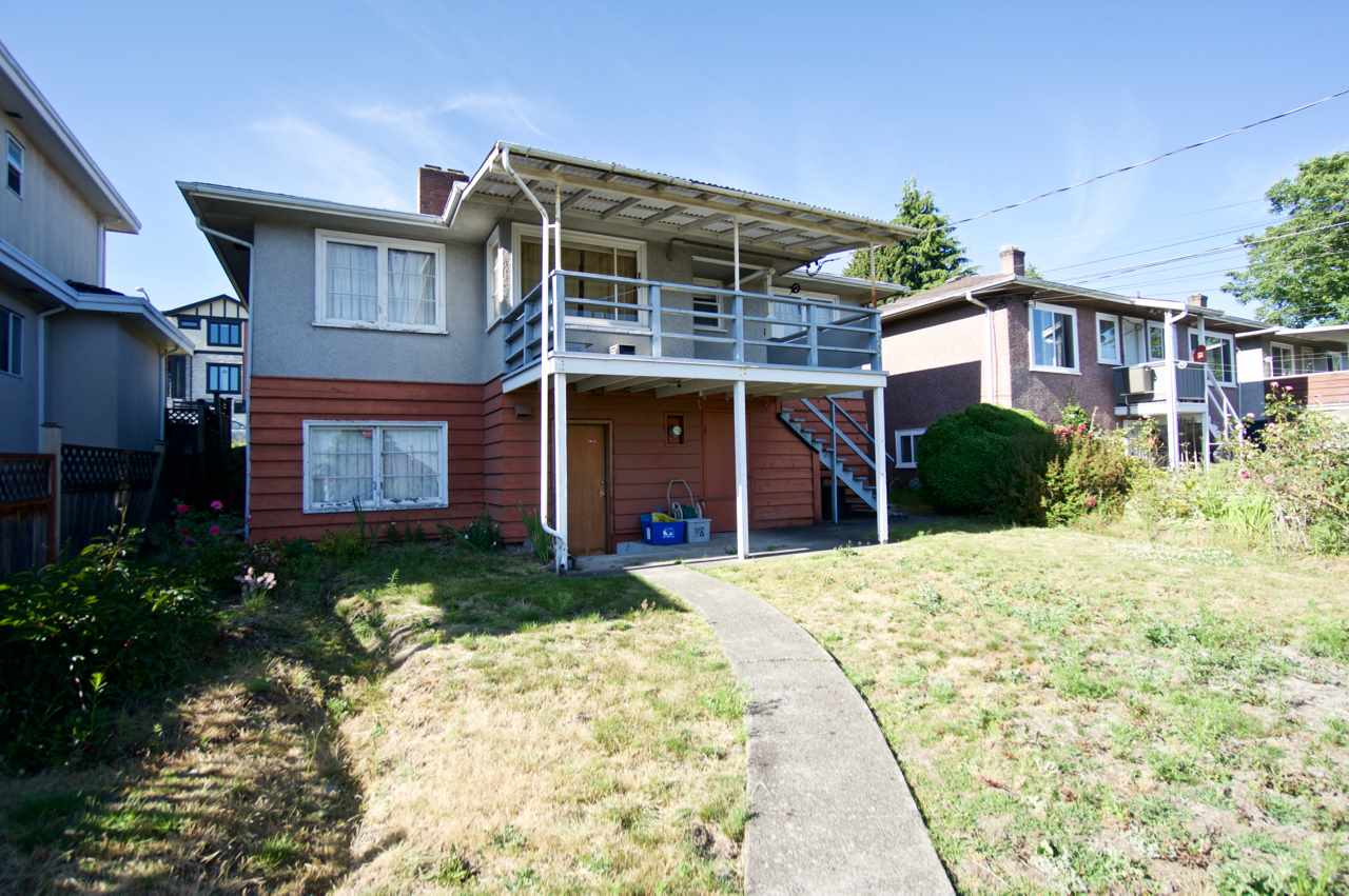 Detached at 1524 E 62ND AVENUE, Vancouver East, British Columbia. Image 2