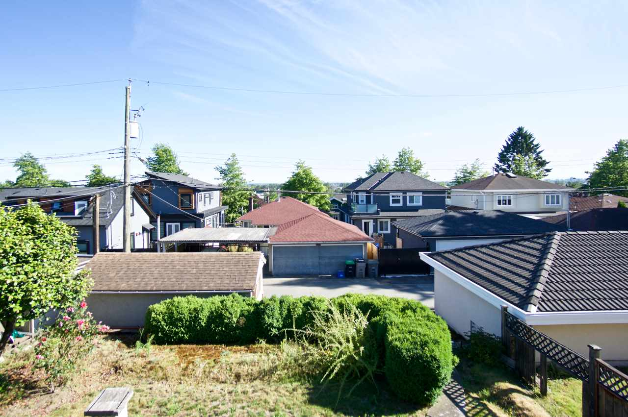 Detached at 1524 E 62ND AVENUE, Vancouver East, British Columbia. Image 3