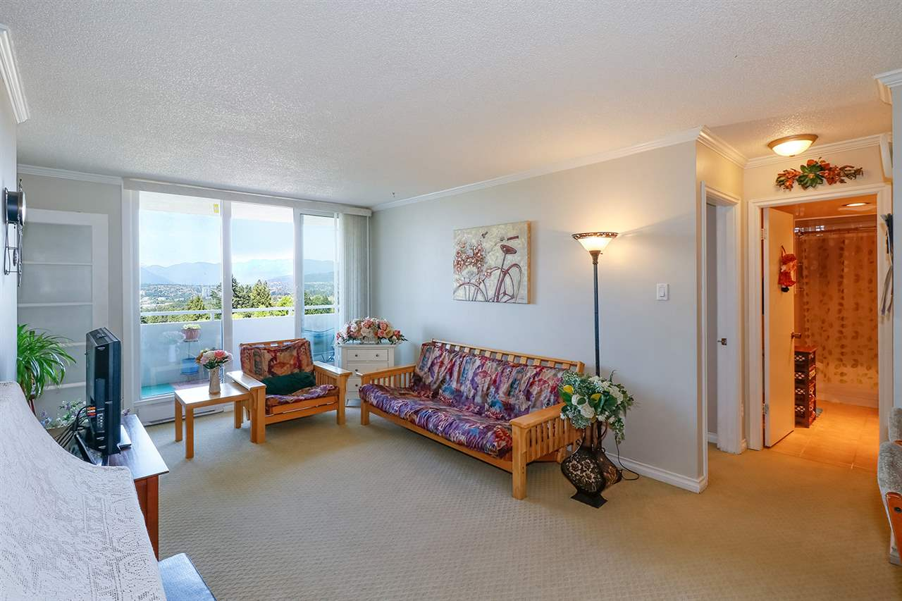 Condo Apartment at 804 5645 BARKER AVENUE, Unit 804, Burnaby South, British Columbia. Image 3