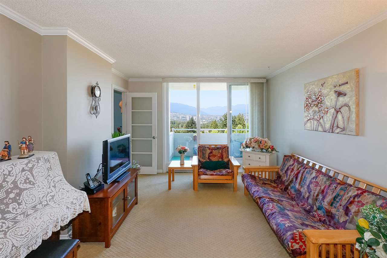 Condo Apartment at 804 5645 BARKER AVENUE, Unit 804, Burnaby South, British Columbia. Image 4