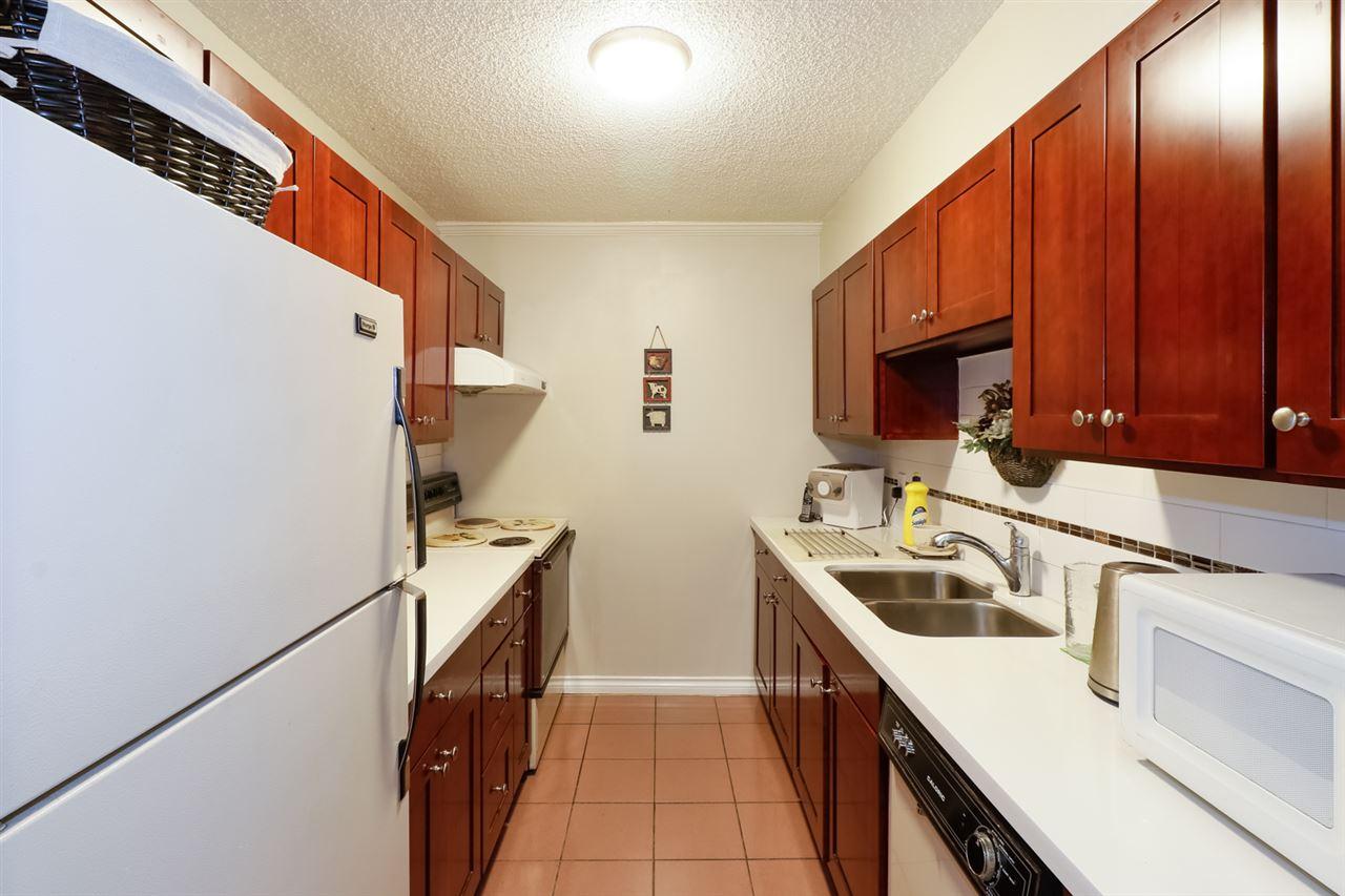 Condo Apartment at 804 5645 BARKER AVENUE, Unit 804, Burnaby South, British Columbia. Image 7