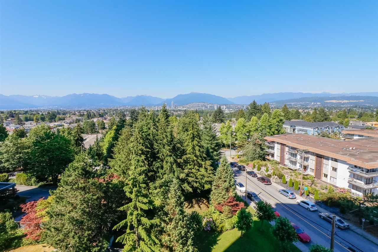 Condo Apartment at 804 5645 BARKER AVENUE, Unit 804, Burnaby South, British Columbia. Image 14