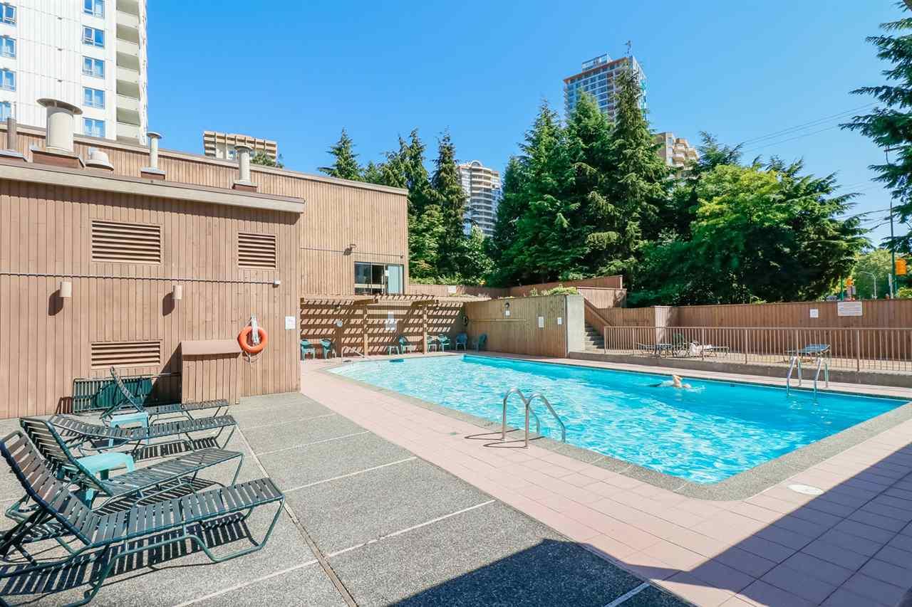Condo Apartment at 804 5645 BARKER AVENUE, Unit 804, Burnaby South, British Columbia. Image 15