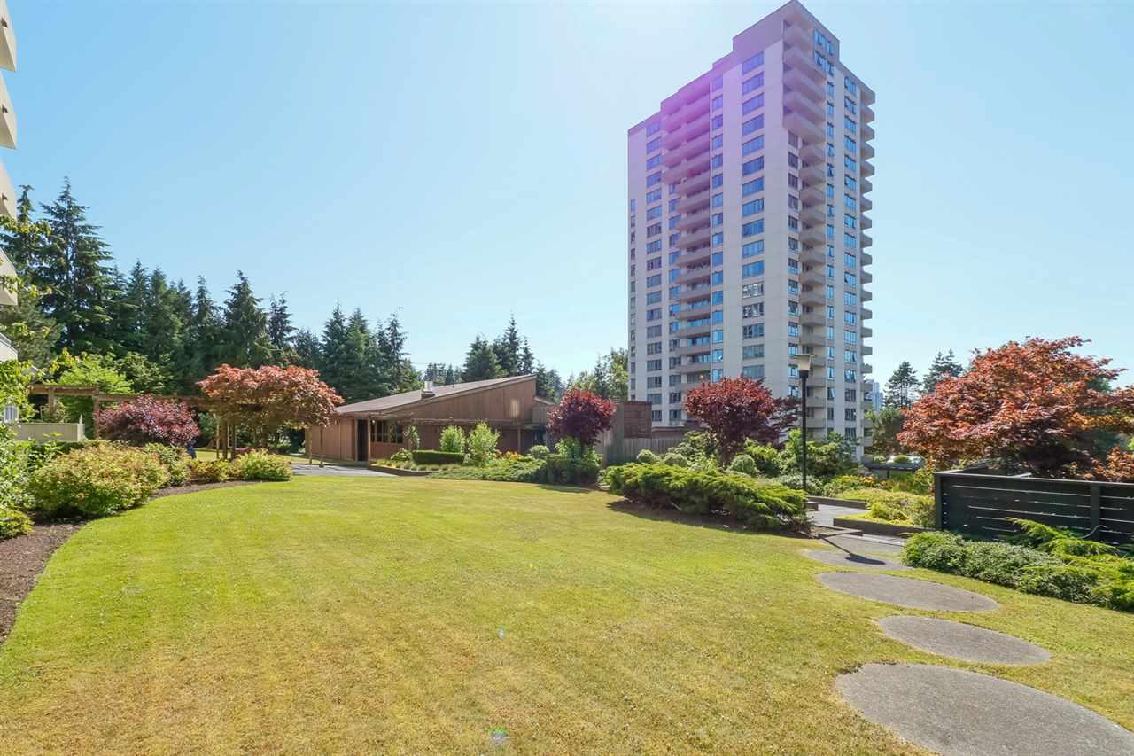 Condo Apartment at 804 5645 BARKER AVENUE, Unit 804, Burnaby South, British Columbia. Image 19