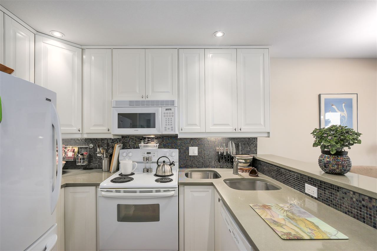 Condo Apartment at 103 1274 BARCLAY STREET, Unit 103, Vancouver West, British Columbia. Image 11