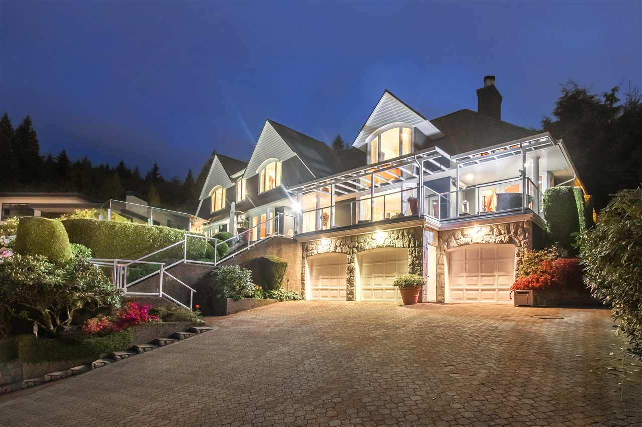 Detached at 1489 BRAMWELL ROAD, West Vancouver, British Columbia. Image 1
