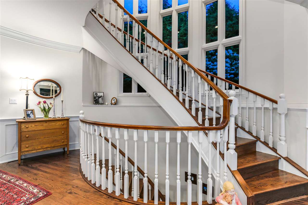 Detached at 1489 BRAMWELL ROAD, West Vancouver, British Columbia. Image 10