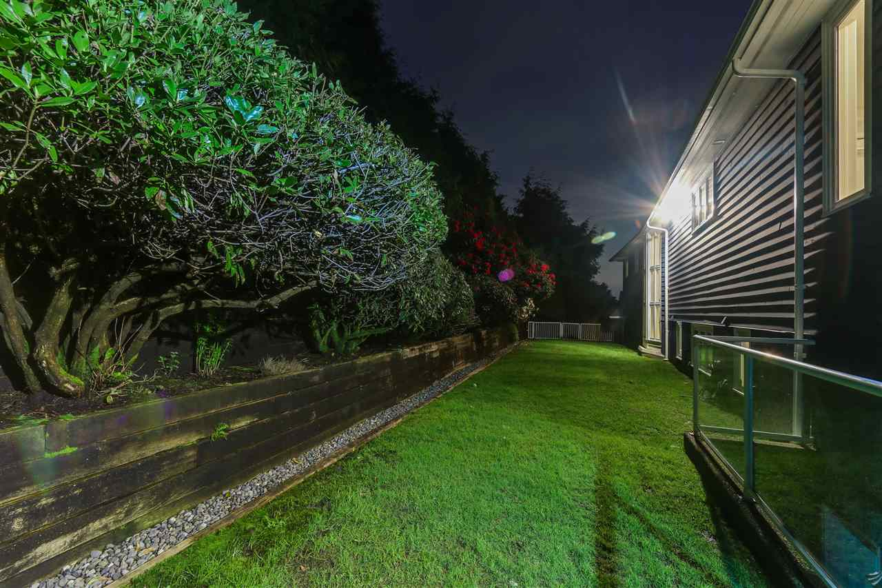 Detached at 1489 BRAMWELL ROAD, West Vancouver, British Columbia. Image 20