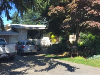 Detached at 2330 IMPERIAL STREET, Abbotsford, British Columbia. Image 1