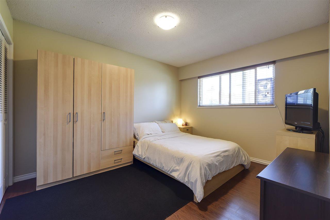 Detached at 922 51A STREET, Tsawwassen, British Columbia. Image 13