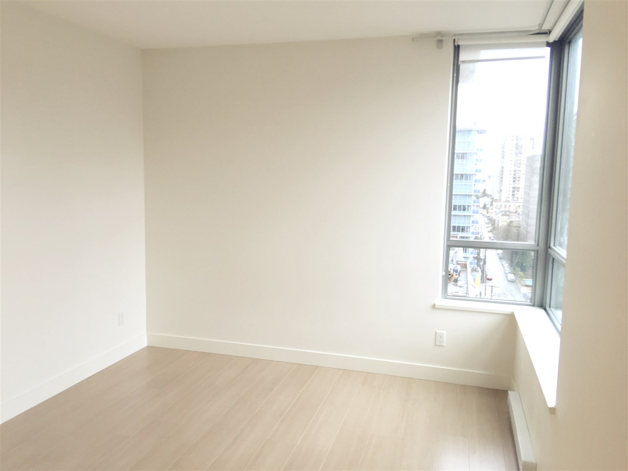 Condo Apartment at 1502 1308 HORNBY STREET, Unit 1502, Vancouver West, British Columbia. Image 7